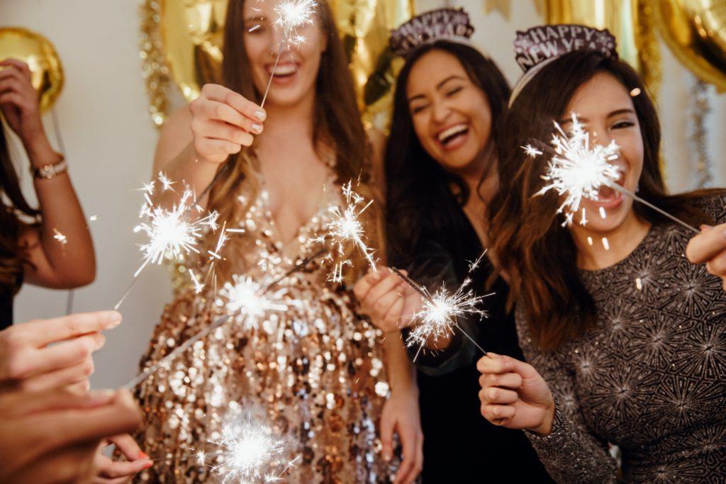 happy-new-year-sparklers_4460x4460